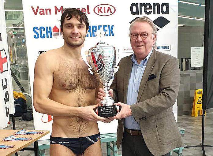"""Quattro su quattro nei Paesi Bassi, la Pallanuoto Trieste vince il torneo """"Van Haselen"""" di Amersfoort"""
