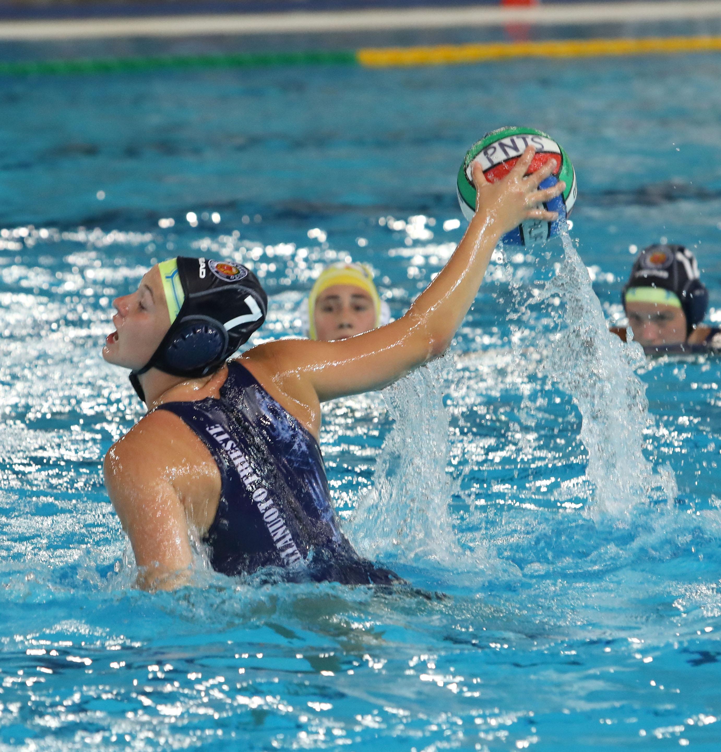 Under 19 femminile: finali scudetto, all'esordio Pallanuoto Trieste battuta dal Rapallo padrone di casa (13-5)