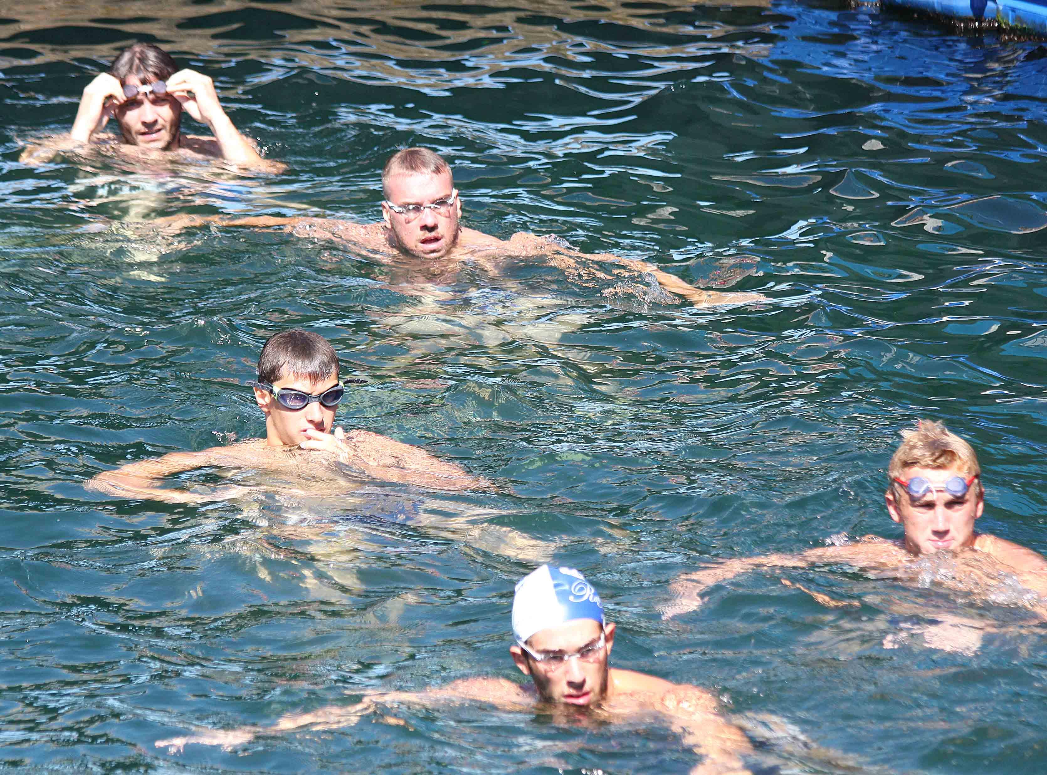 E' iniziata la stagione 2016/2017. All'Ausonia raduno e primo allenamento per la Pallanuoto Trieste. Nel mirino la Coppa Italia e l'esordio in campionato del 15 ottobre