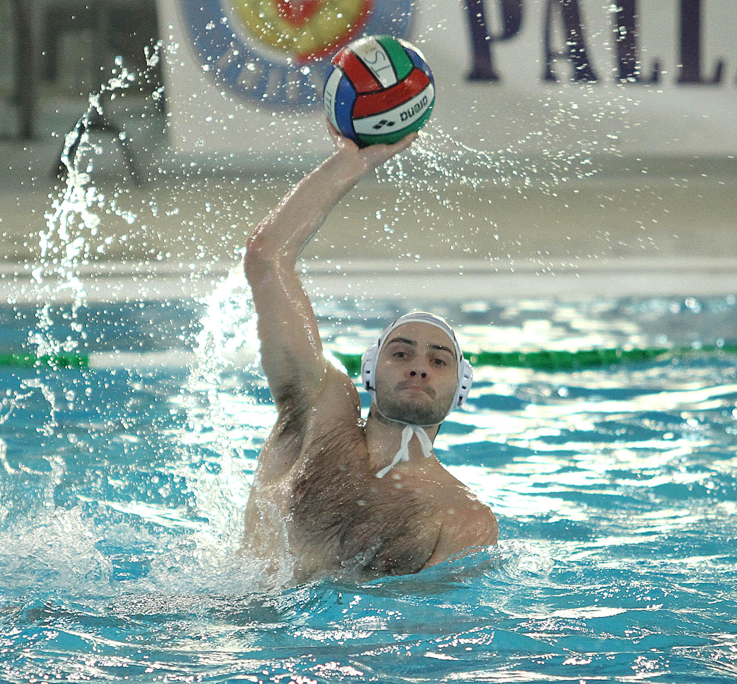 """La Pallanuoto Trieste si ferma alla """"Scandone"""", Il Posillipo vince con merito (10-5). Gli alabardati reggono fino a metà gara, poi i partenopei prendono il largo. Piccardo: """"Una sconfitta che ci farà bene"""""""